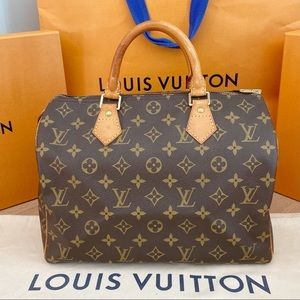 Like New! Speedy 30! Authentic Louis Vuitton Bag!